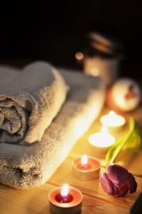 love-romantic-bath-candlelight_s